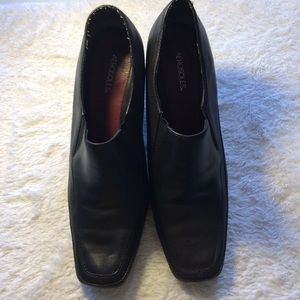 Women's Shoes Aerosoles Size 8.5 Black